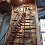 Büchertreppe im Prunksaal